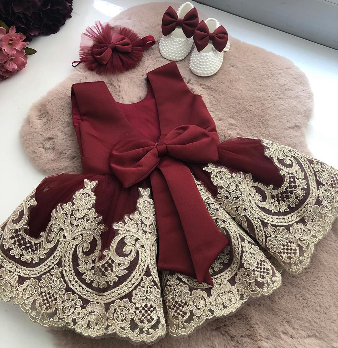 bordo-renk-islemeli-kiz-bebek-elbisesi