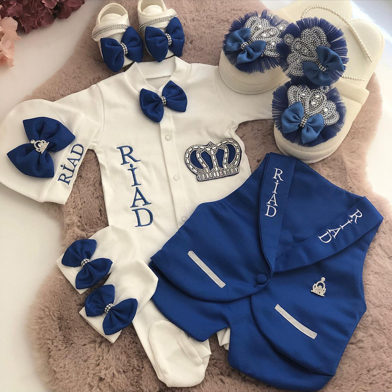mavi-beyaz-erkek-bebek-giyim